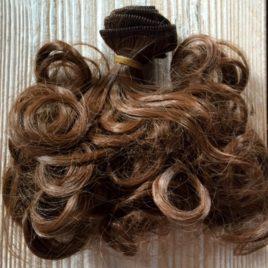 capelli per bambole corti ricci castani