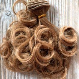 capelli per bambole corti ricci biondi